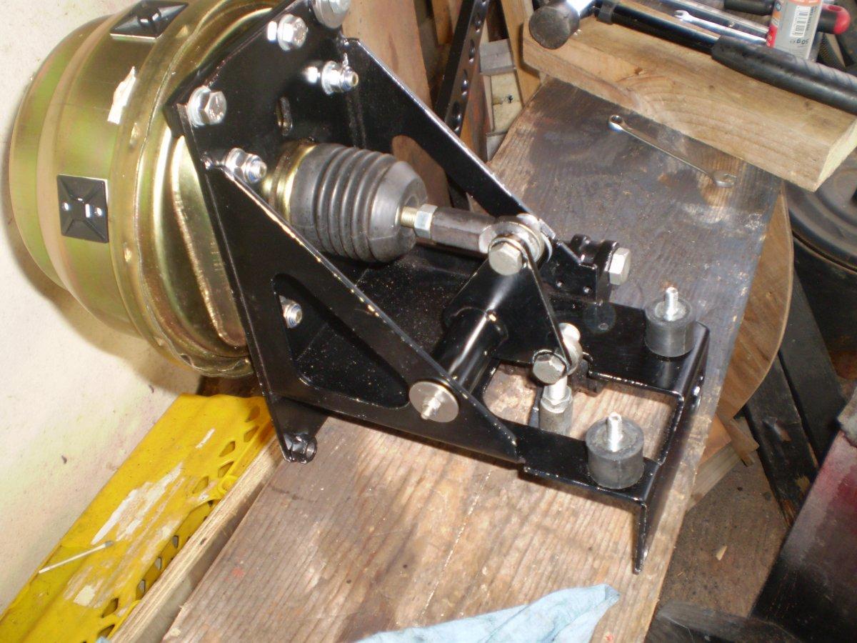 brake assembly 004.JPG