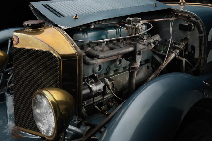Bu-Merc-engine-900x600.jpg