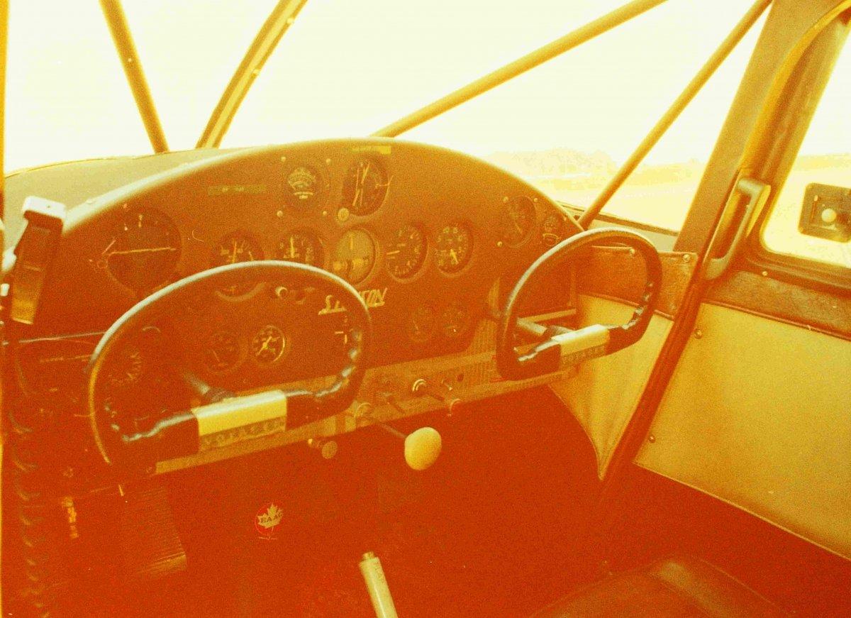BUC_2_cockpit_sm.JPG