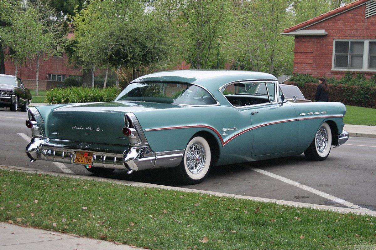buick-roadmaster-1957-5.jpg