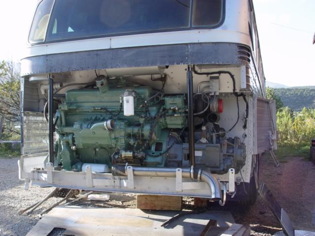 Bus engine install 013.jpg