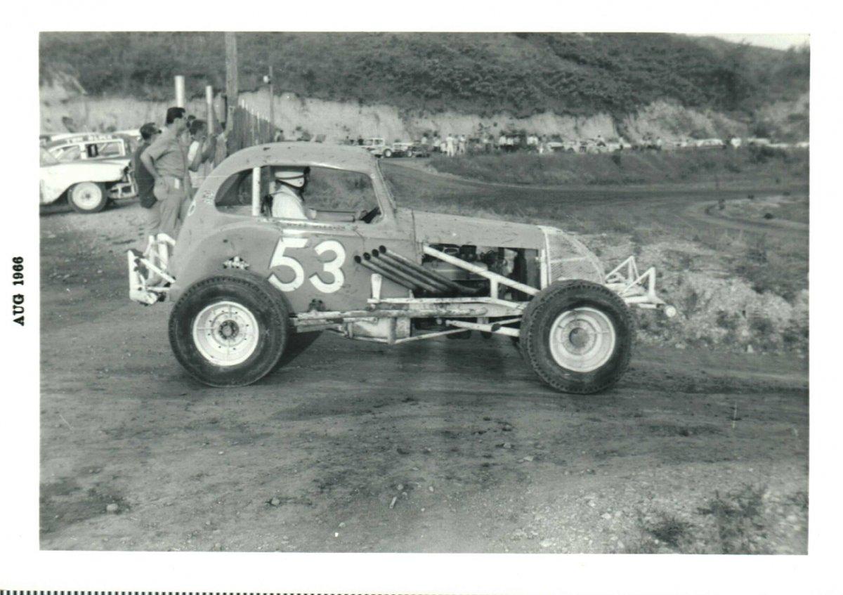 Buzzy Gleason Aug 1966.jpg