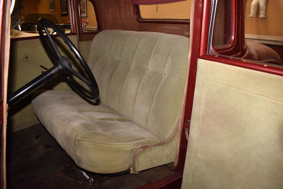 c1101-seats.jpg