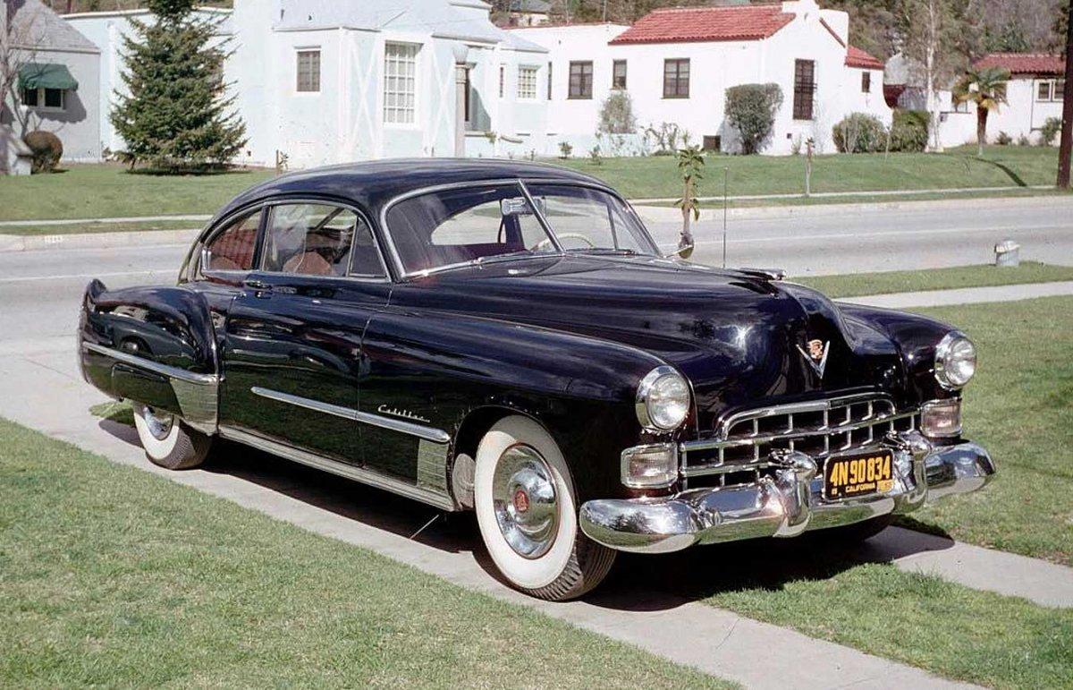 Cadillac-Fastback-in-1952.jpg