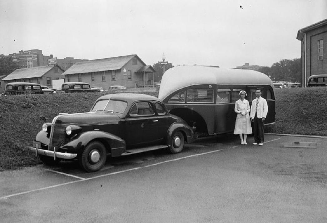 camper 1937 cool trailer.jpg