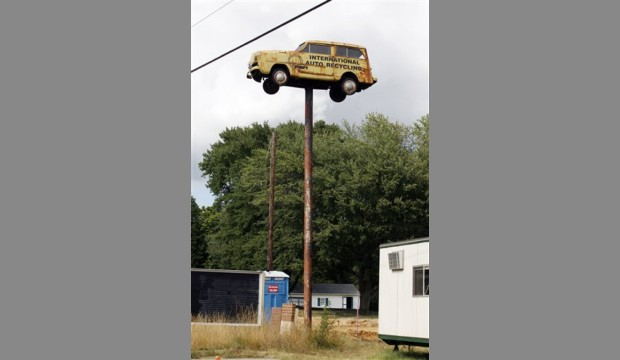 Car on Pole_Stur.jpg