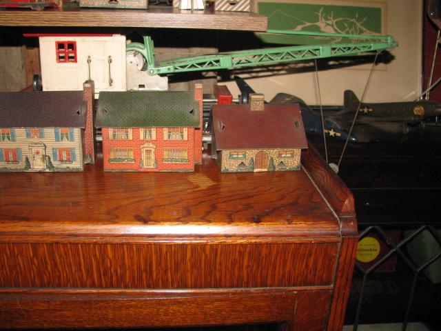 CardboardTrain&Houses 005.jpg