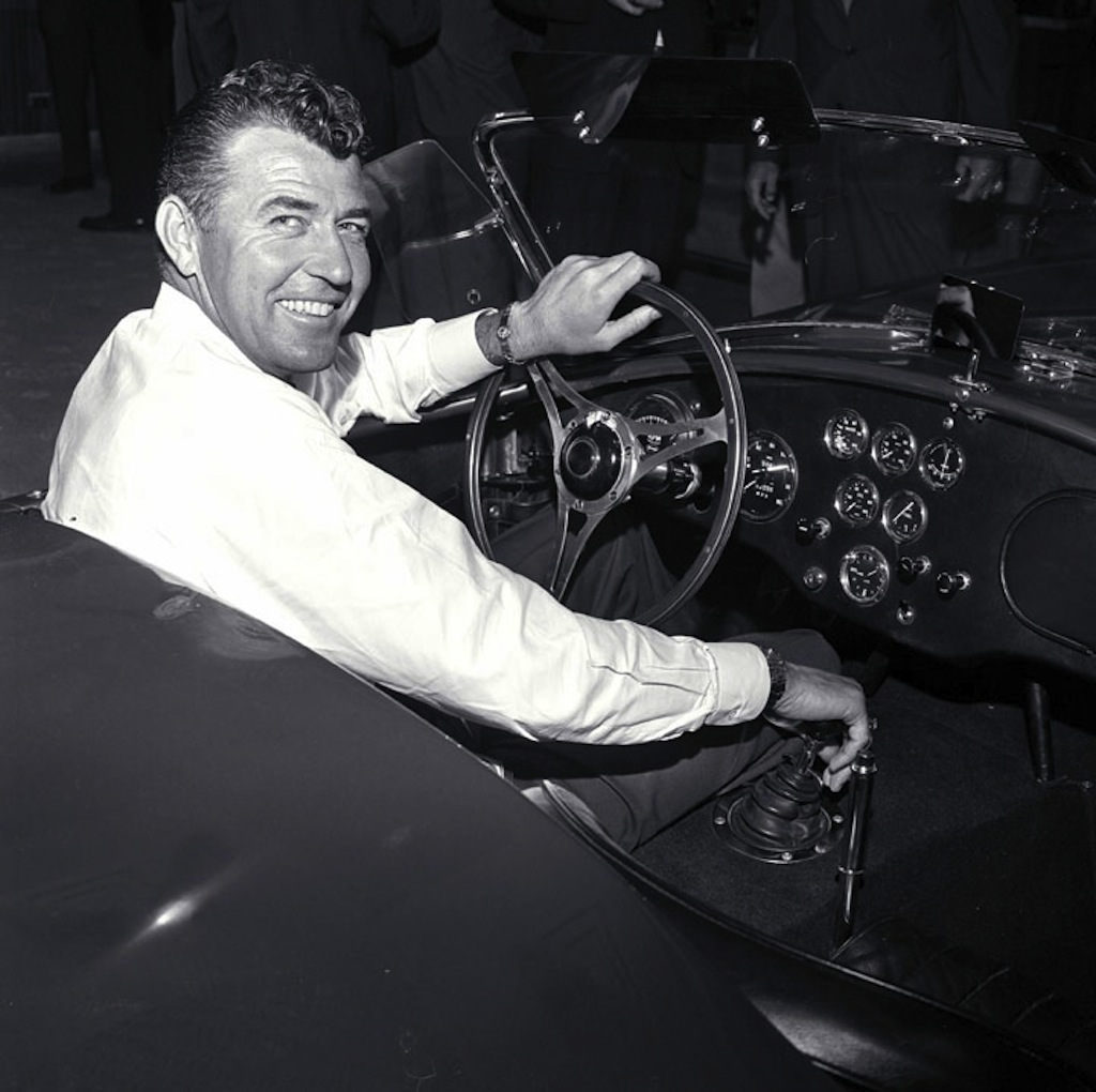Carroll-Shelby-in-Cobra1.jpg