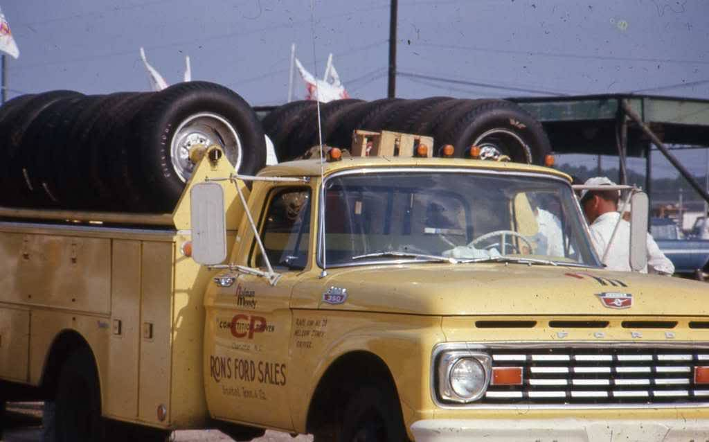 cars hm support truck ford.jpg