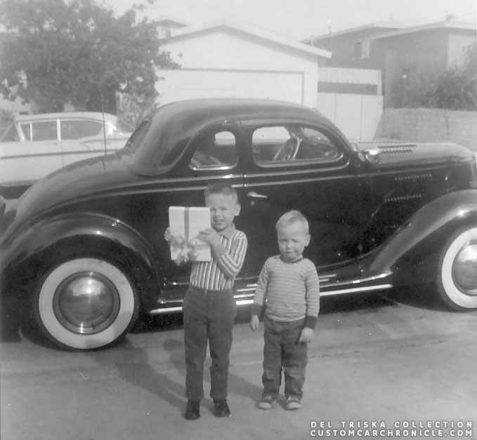 CCC-del-triska-36-ford-coupe-wyn-and-brian.jpg