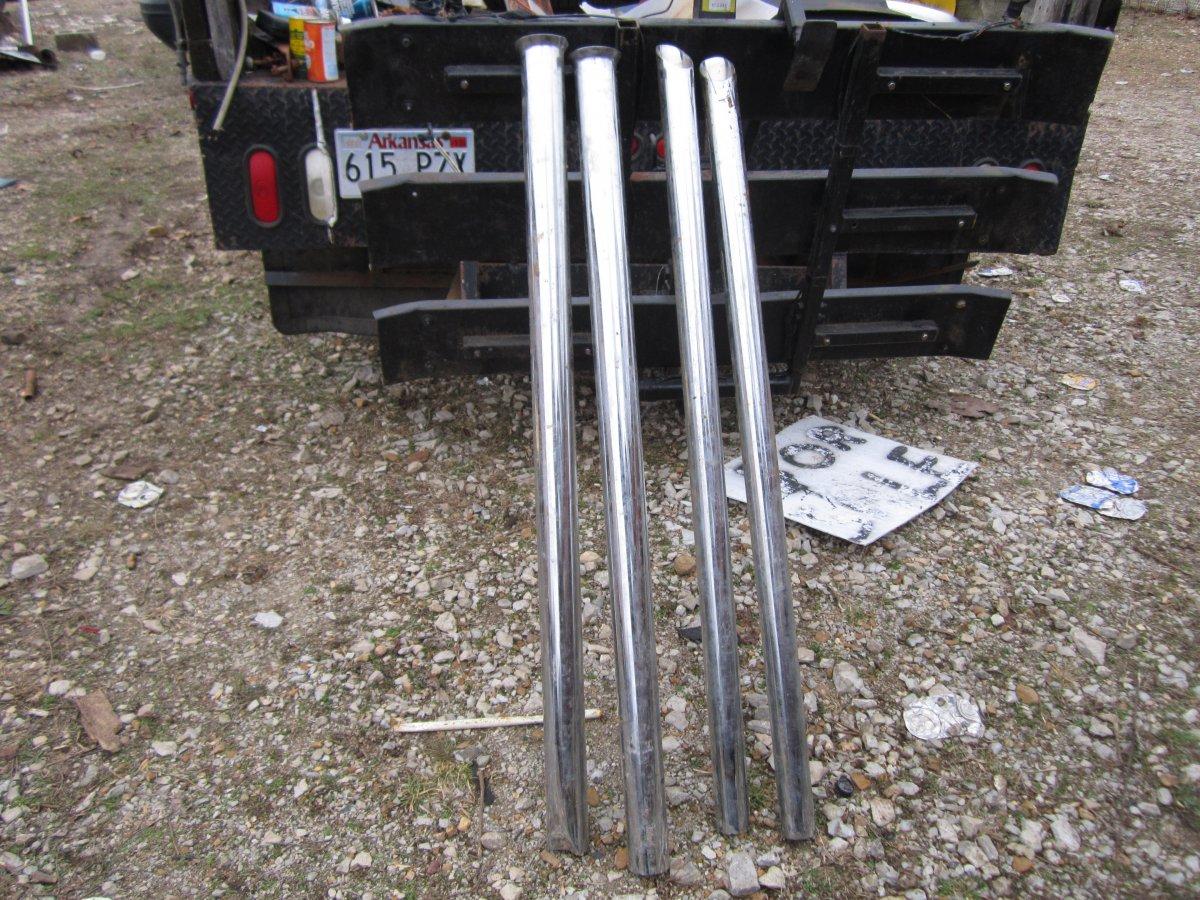chrome pipes & trans jack 002.JPG