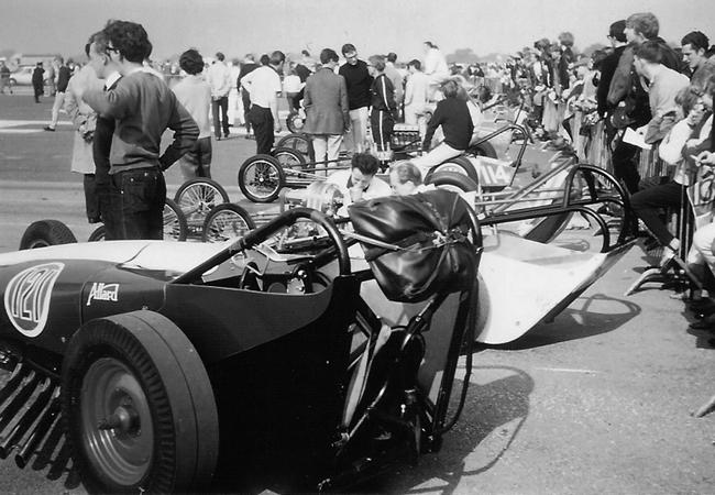 chrysler-dragster-bW41.jpg