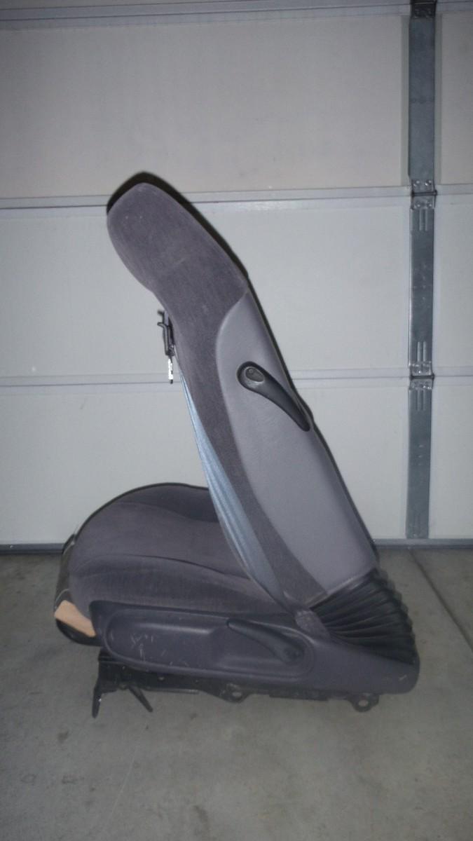 Chrysler Sebring Seat Tilt_2.jpg