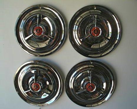 Chrysler spinners.jpg