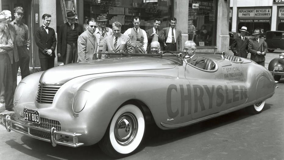 ChryslerNewport1941.jpg