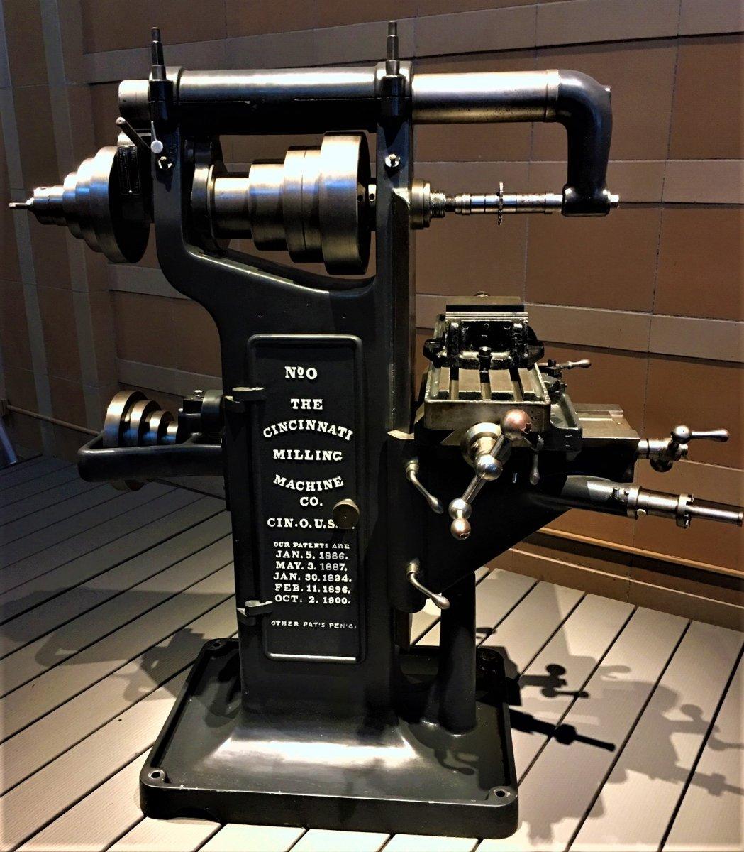 cinncinatti milling machine #0.JPG