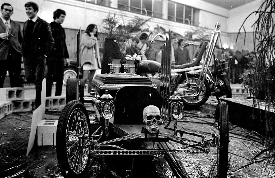 Coffin Car.jpg