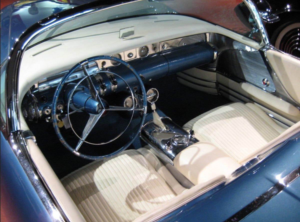concept 1954 Buick Wildcat II concept2 plush.jpg
