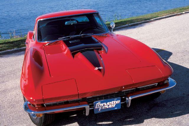 corp-0311-01+1967-chevrolet-corvette.jpg