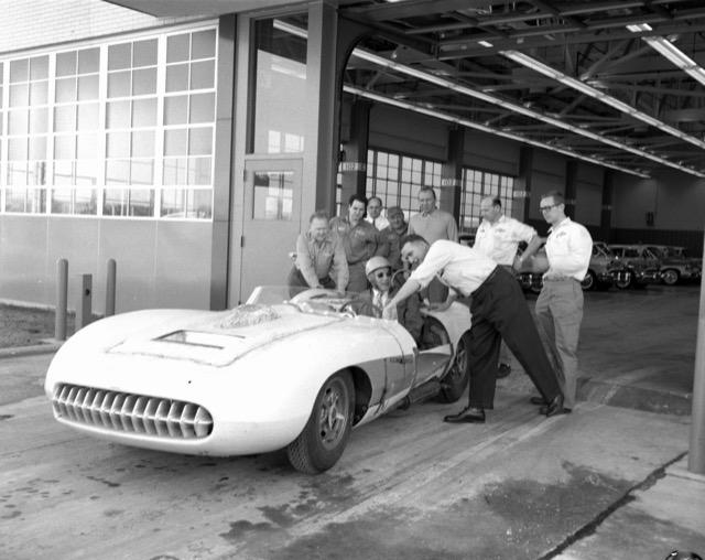 Corvette SS mule & Zora-test tack-Warren MI.jpg