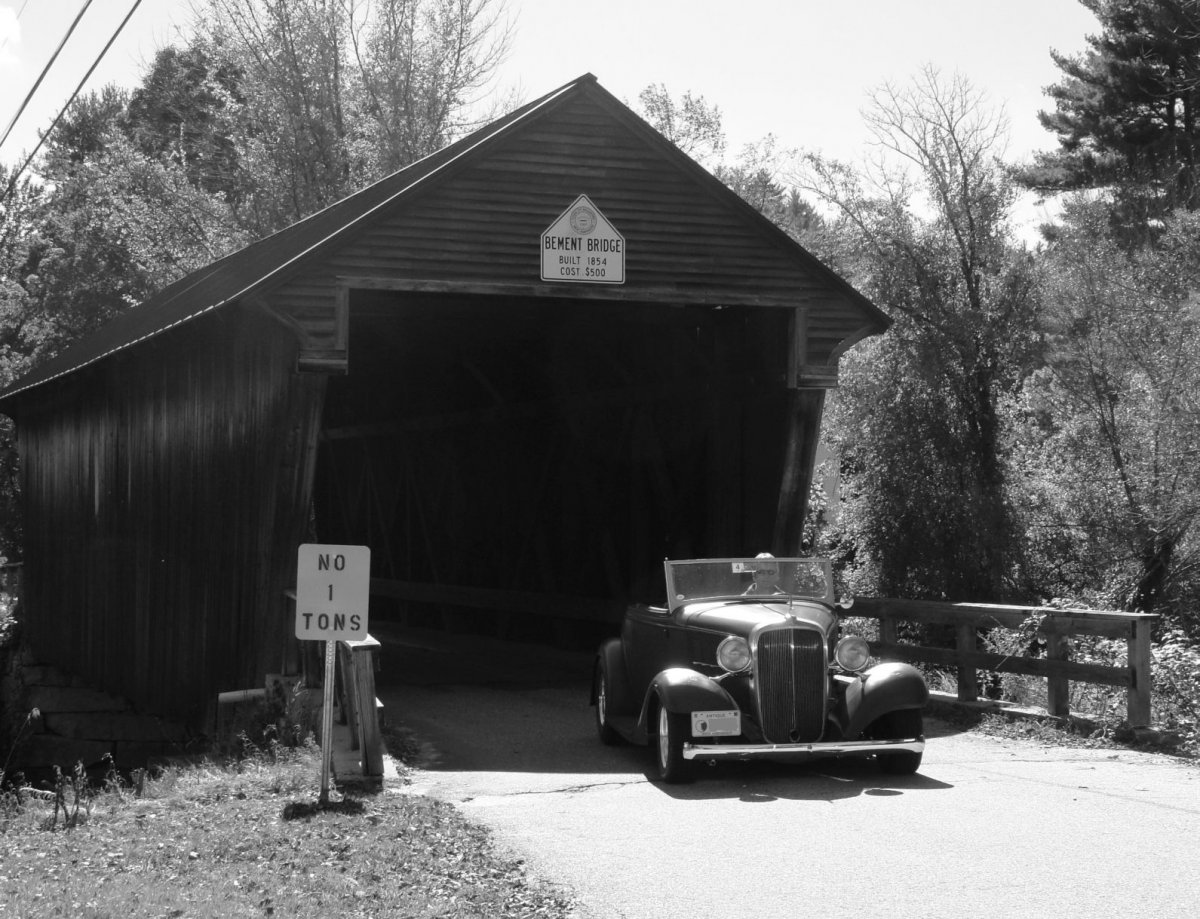 Covered Bridge BW.jpg