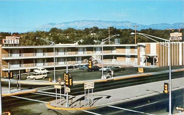 crossroads-motel-postcard.jpg