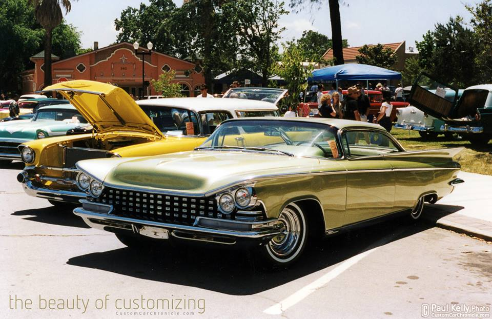 CUSTOM Buick.jpg