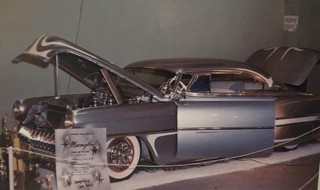 Custom's Vintage (2).jpg