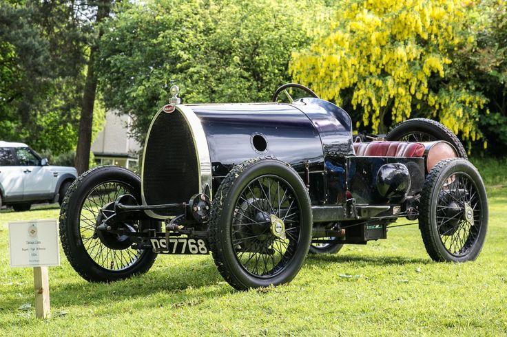 d11ac37166aea3f1219aba409eee288c--antique-cars-vintage-cars.jpg