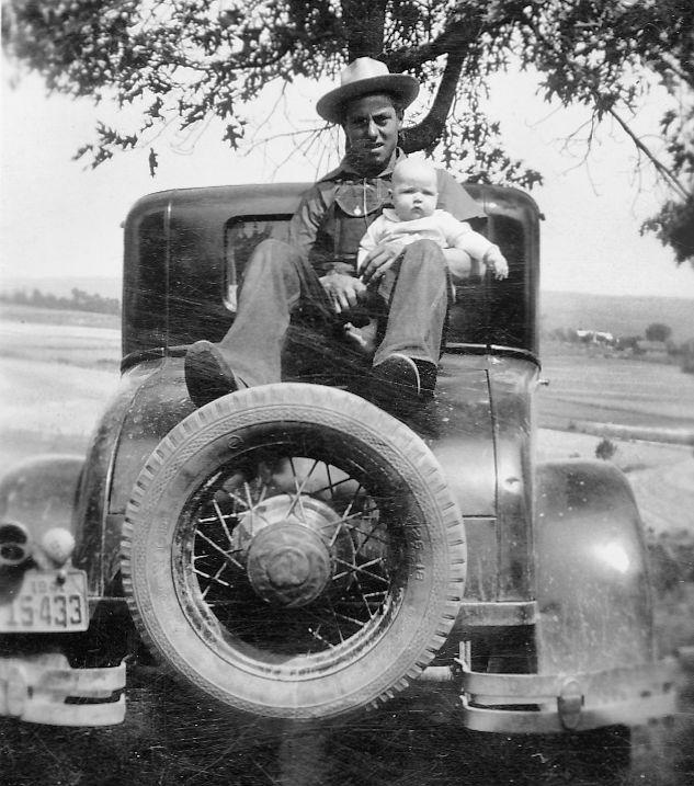 Dad & BJ - 1946.jpg