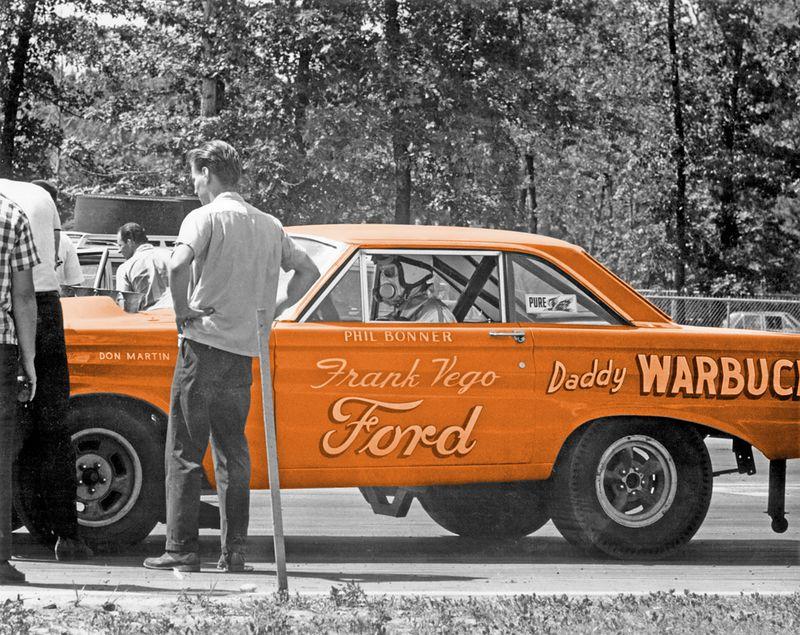 Daddy Warbucks_Phill Bonner-L.jpg