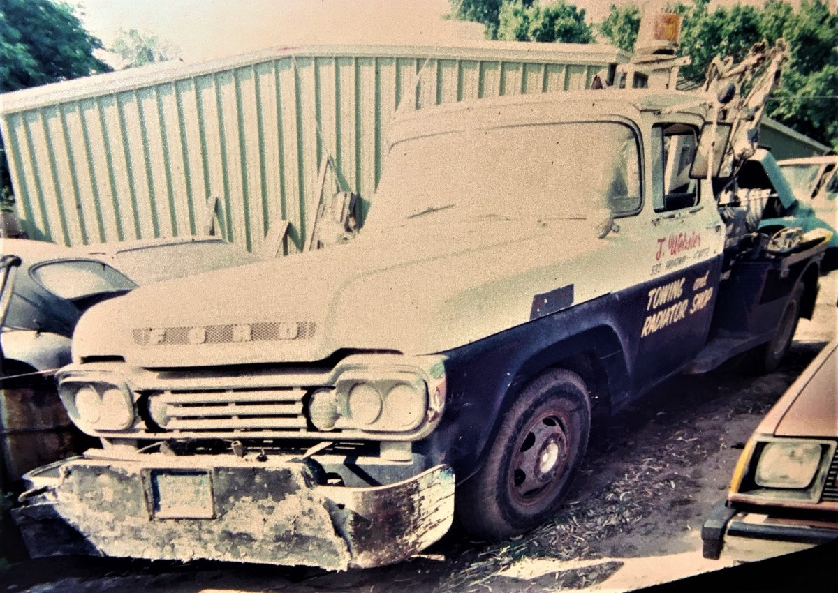 Dads 59 Ford tow truck.JPG