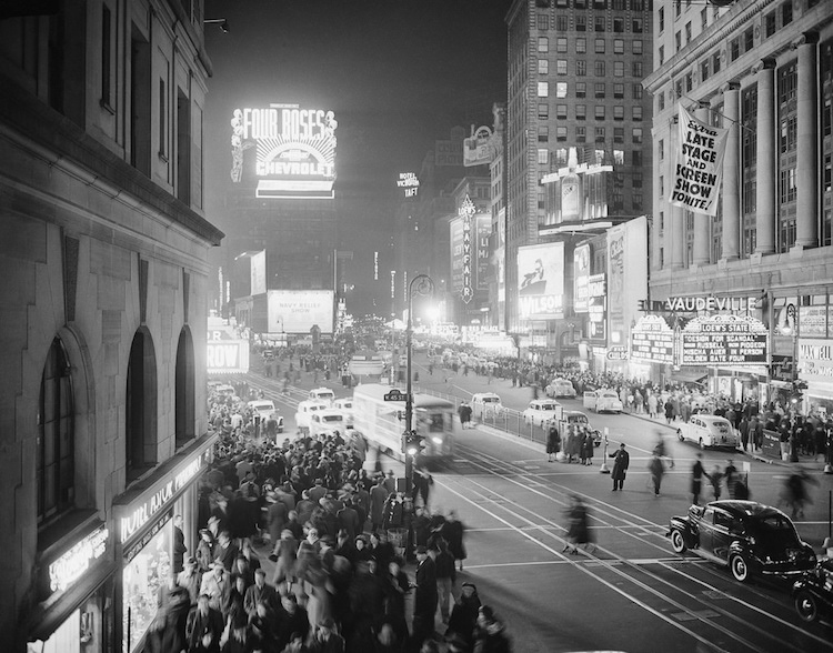 daily-life-new-york-city-1940s-3.jpg