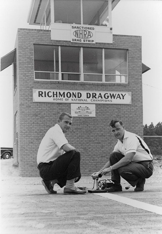 Dan Weis and Walt Mentzer - Richmond Dragway.jpg