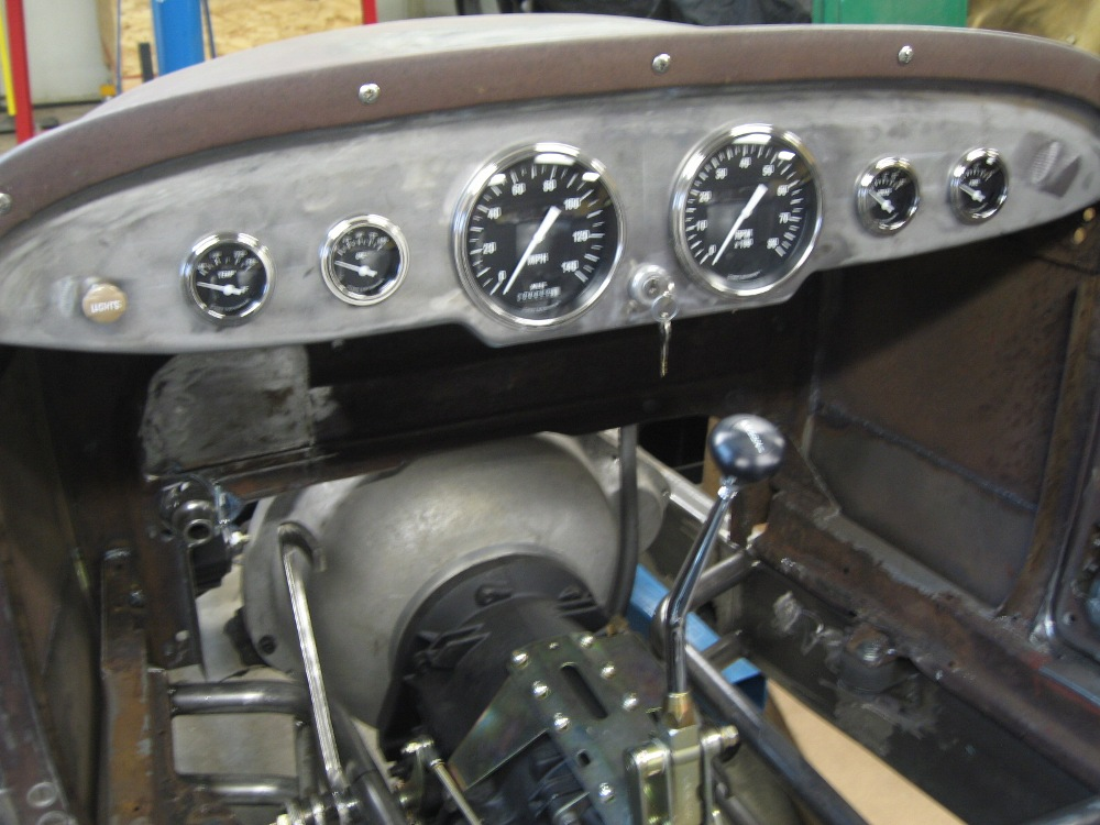 dash and gauges 004.JPG
