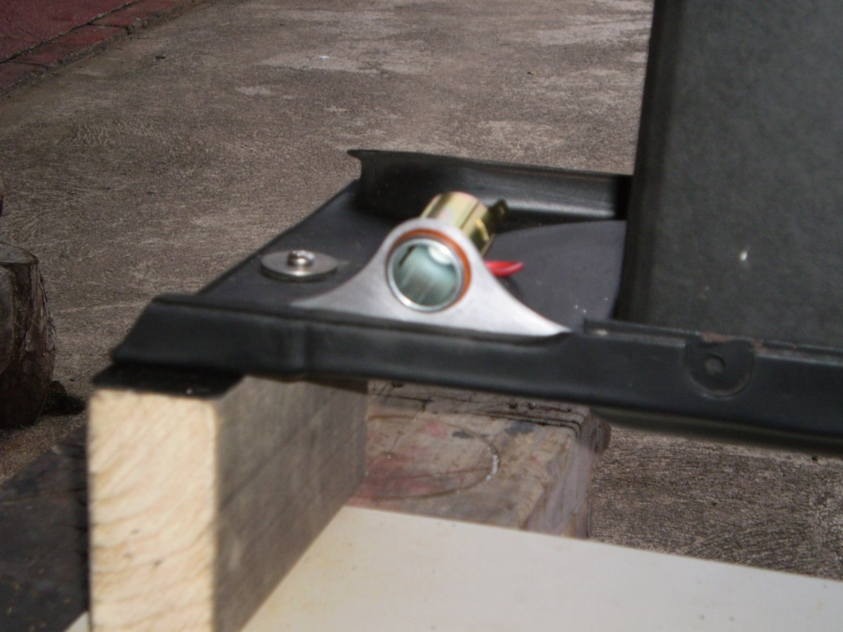 dash switches and cigarette lighter mount 002.JPG