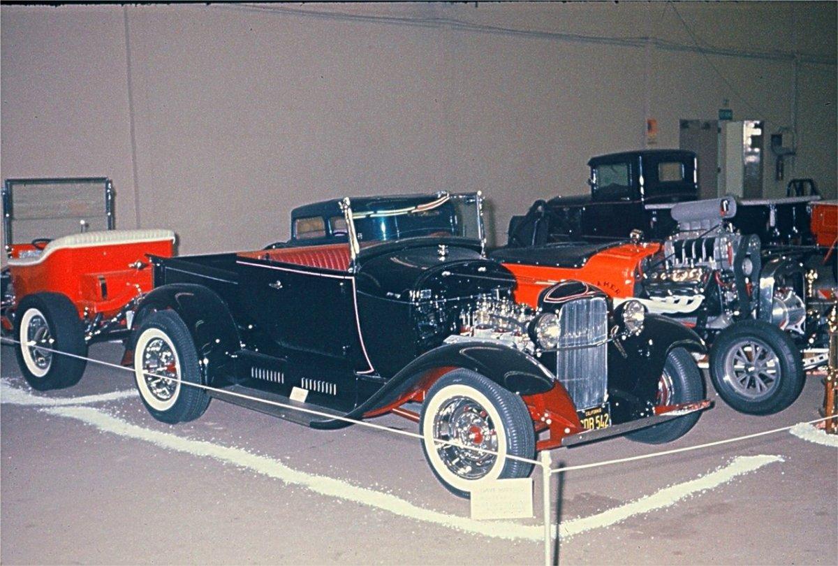 Dave Marasco's 1929 Ford Roadster Pickup.jpg