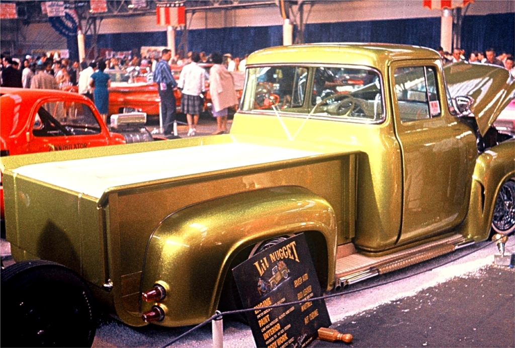 Dave Robertson's  Lime Gold Metalflake Lil' Nugget '56 Ford at the 1963 GNRS.jpg