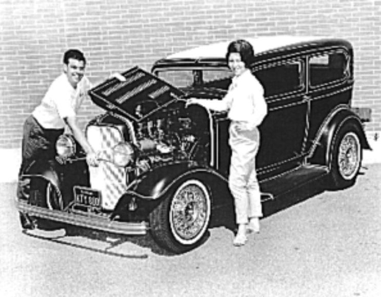 Dave Susie Hayward 32 Sedan Panel Striped.jpg