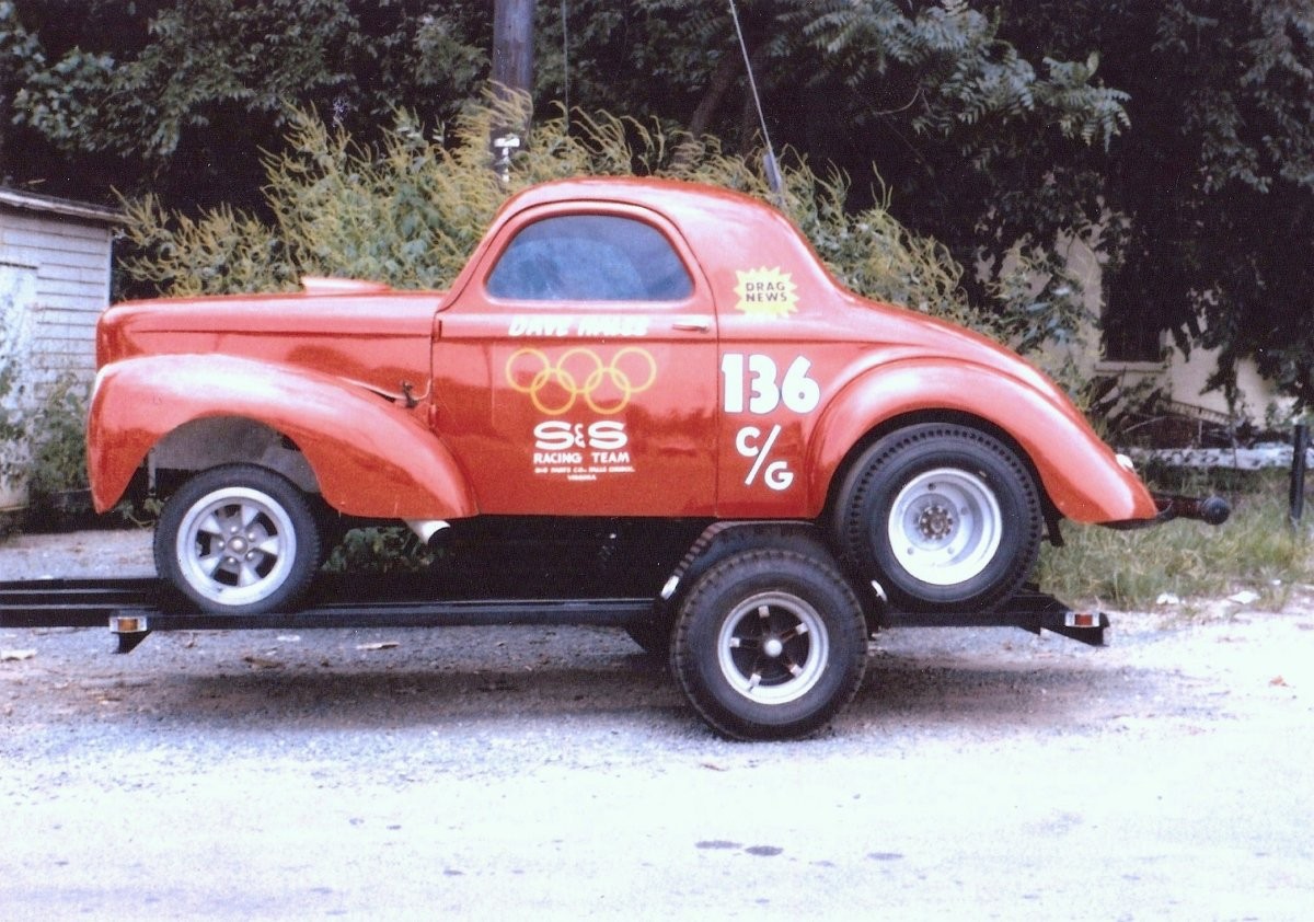 Hot Rods - Single-axle race car trailers    pros, cons