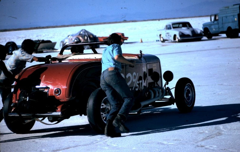 Dick Scritchfield #32 C - Street Roadster on the salt (3).jpg
