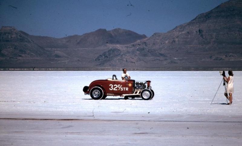 Dick Scritchfield #32 C - Street Roadster on the salt (7).jpg