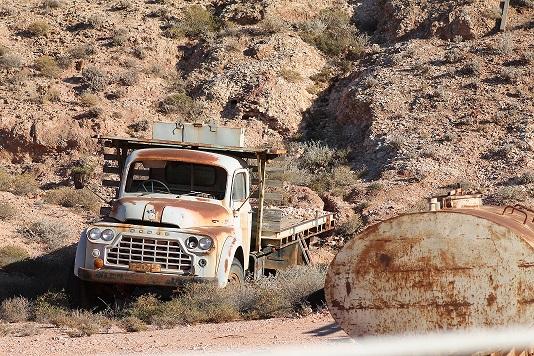 Dodge truck - Copy.JPG