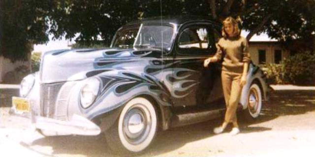 Don Hansen's '40 Ford with flames by Donn Varner.jpg
