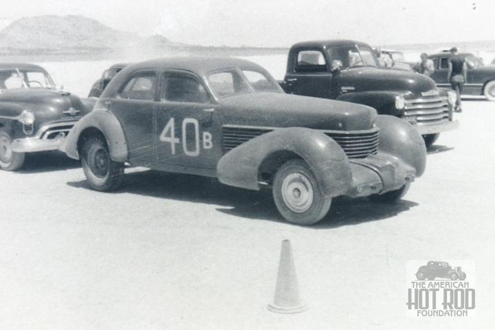 Don Montgomery - '37 Cord sedan (2).jpg