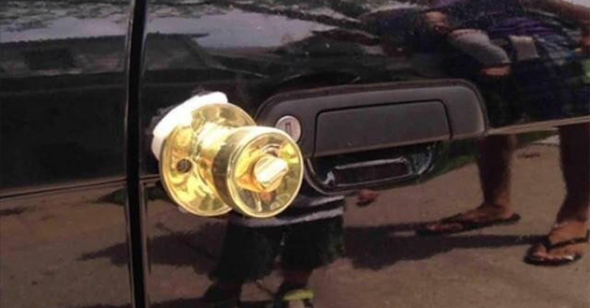 door_knob_Car_door.jpg
