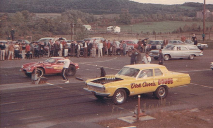 dover dick carr's dodge awb3 and SPORT griffin.JPG
