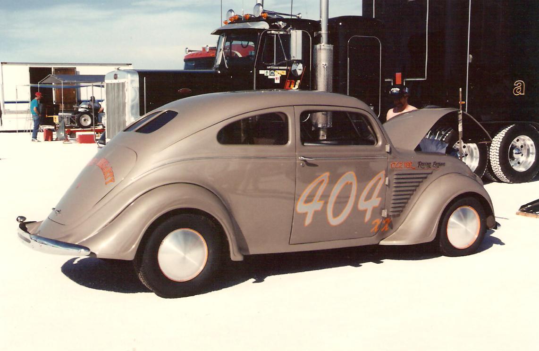Dozier~Hegarty DeSoto Airflow - in pits - 1989.jpg
