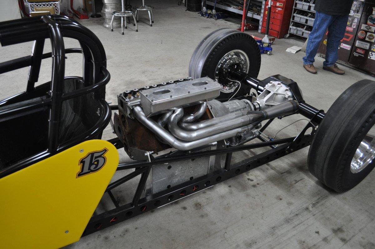 dragster assembly 001.JPG