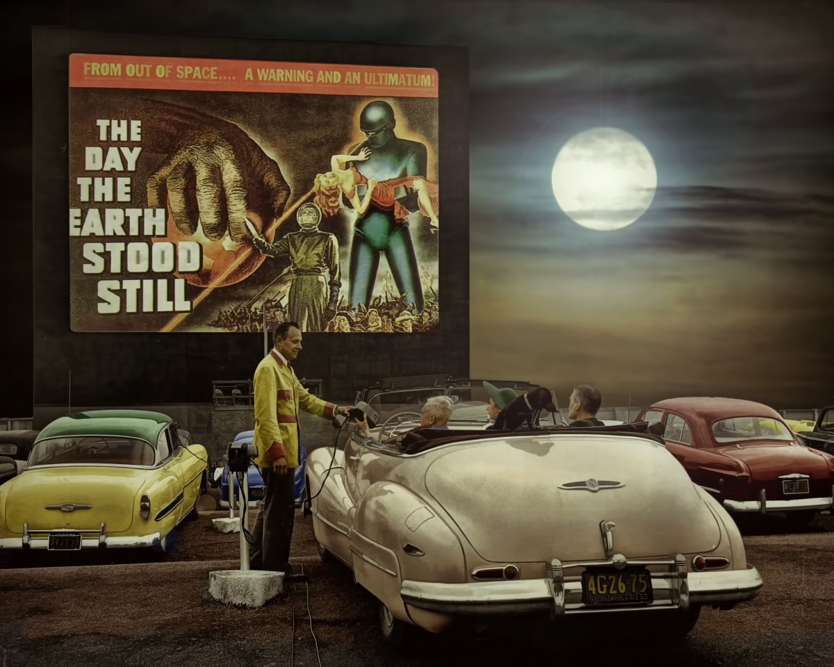 Drive-In-Movie-Theater 1fin.jpg